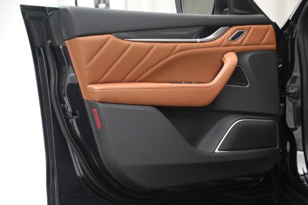 New 2022 Maserati Levante Modena for sale $104,545 at Bentley Greenwich in Greenwich CT 06830 20