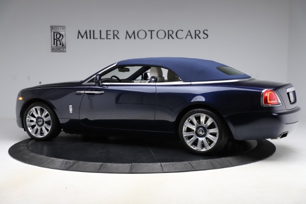 Used 2016 Rolls-Royce Dawn for sale $243,900 at Bentley Greenwich in Greenwich CT 06830 17