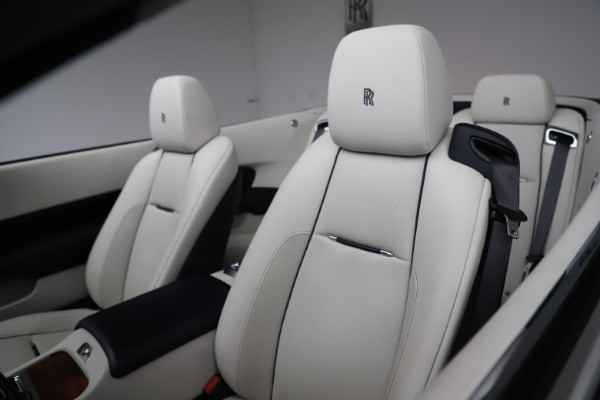 Used 2016 Rolls-Royce Dawn for sale $239,900 at Bentley Greenwich in Greenwich CT 06830 25