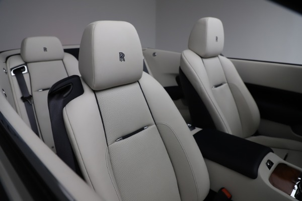Used 2016 Rolls-Royce Dawn for sale $239,900 at Bentley Greenwich in Greenwich CT 06830 26