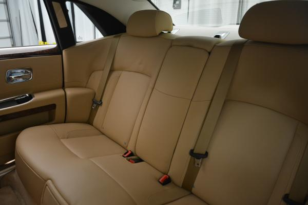 Used 2013 Rolls-Royce Ghost for sale Sold at Bentley Greenwich in Greenwich CT 06830 25