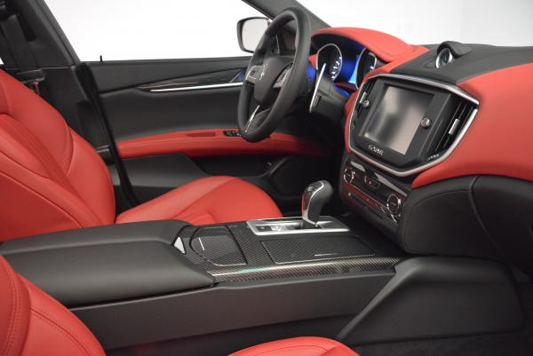 New 2016 Maserati Ghibli S Q4 for sale Sold at Bentley Greenwich in Greenwich CT 06830 18