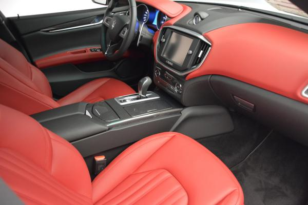 New 2016 Maserati Ghibli S Q4 for sale Sold at Bentley Greenwich in Greenwich CT 06830 15