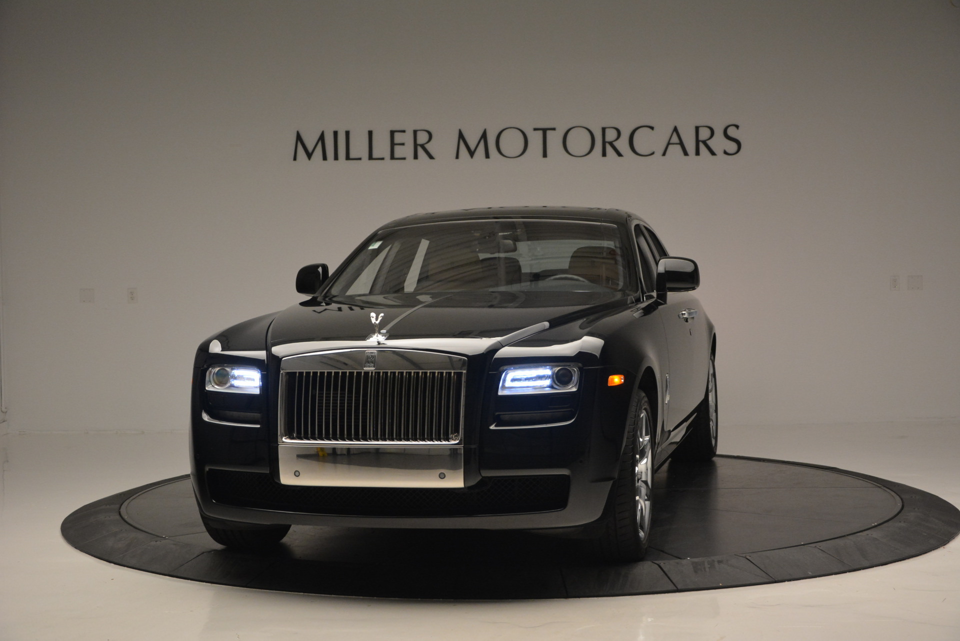 Used 2011 Rolls-Royce Ghost for sale Sold at Bentley Greenwich in Greenwich CT 06830 1