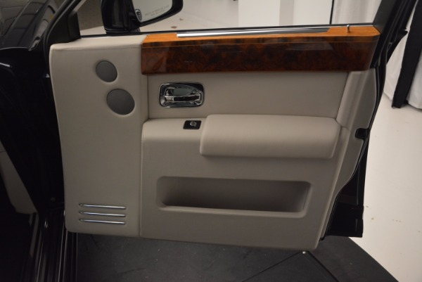 Used 2011 Rolls-Royce Phantom for sale Sold at Bentley Greenwich in Greenwich CT 06830 17