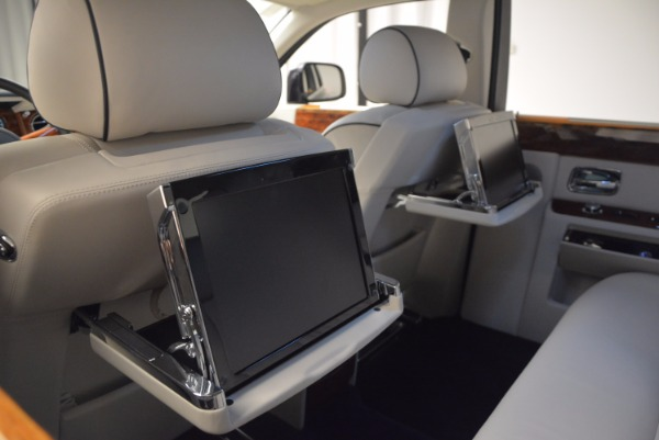 Used 2011 Rolls-Royce Phantom for sale Sold at Bentley Greenwich in Greenwich CT 06830 21