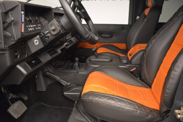 Used 1997 Land Rover Defender 90 for sale Sold at Bentley Greenwich in Greenwich CT 06830 14