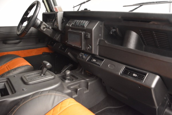 Used 1997 Land Rover Defender 90 for sale Sold at Bentley Greenwich in Greenwich CT 06830 17