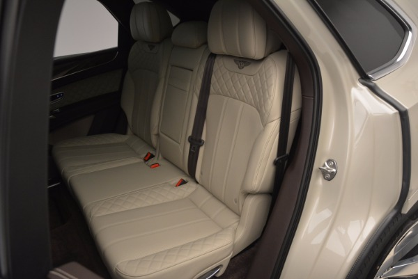 Used 2017 Bentley Bentayga for sale Sold at Bentley Greenwich in Greenwich CT 06830 27