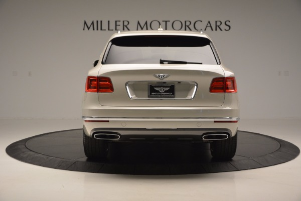 Used 2017 Bentley Bentayga for sale Sold at Bentley Greenwich in Greenwich CT 06830 5