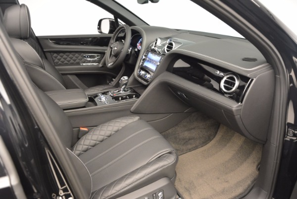 Used 2017 Bentley Bentayga W12 for sale Sold at Bentley Greenwich in Greenwich CT 06830 28