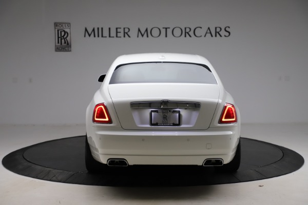 Used 2017 Rolls-Royce Ghost for sale $209,900 at Bentley Greenwich in Greenwich CT 06830 7