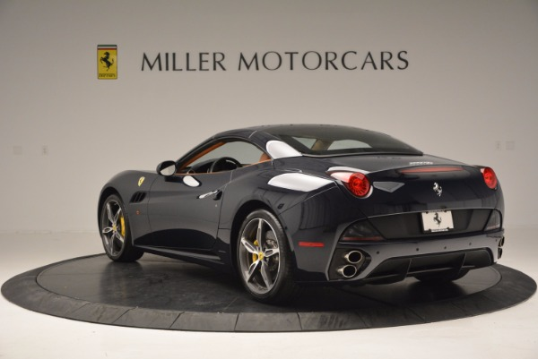 Used 2013 Ferrari California 30 for sale Sold at Bentley Greenwich in Greenwich CT 06830 17