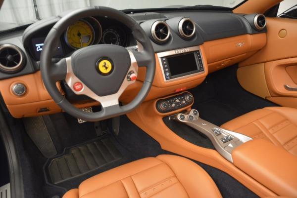 Used 2013 Ferrari California 30 for sale Sold at Bentley Greenwich in Greenwich CT 06830 25