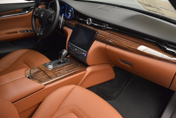 New 2017 Maserati Quattroporte S Q4 GranLusso for sale Sold at Bentley Greenwich in Greenwich CT 06830 19