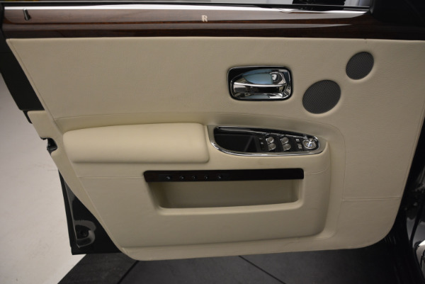 Used 2013 Rolls-Royce Ghost for sale Sold at Bentley Greenwich in Greenwich CT 06830 21