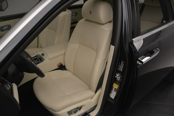 Used 2013 Rolls-Royce Ghost for sale Sold at Bentley Greenwich in Greenwich CT 06830 23