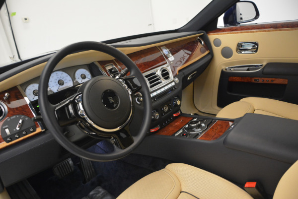 Used 2016 Rolls-Royce Ghost EWB for sale Sold at Bentley Greenwich in Greenwich CT 06830 18