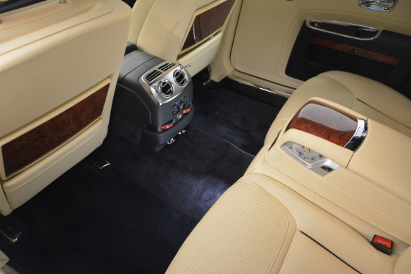 Used 2016 Rolls-Royce Ghost EWB for sale Sold at Bentley Greenwich in Greenwich CT 06830 27