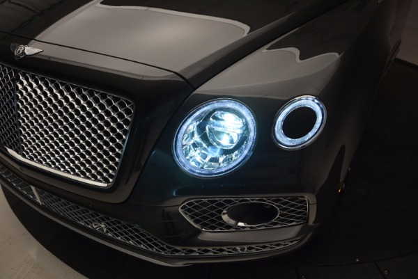 New 2017 Bentley Bentayga for sale Sold at Bentley Greenwich in Greenwich CT 06830 17