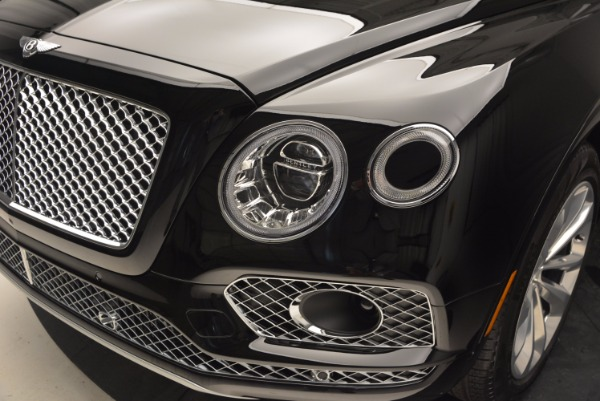 Used 2017 Bentley Bentayga for sale Sold at Bentley Greenwich in Greenwich CT 06830 15