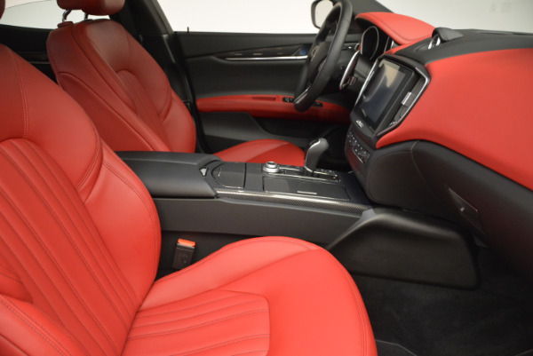 Used 2017 Maserati Ghibli S Q4 for sale $49,900 at Bentley Greenwich in Greenwich CT 06830 21