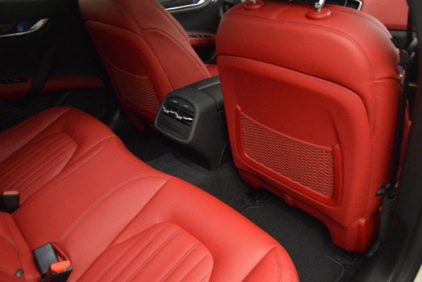 Used 2017 Maserati Ghibli S Q4 for sale $49,900 at Bentley Greenwich in Greenwich CT 06830 23