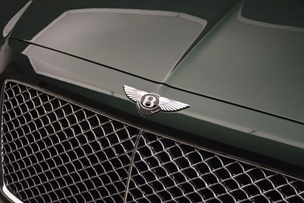 New 2017 Bentley Bentayga for sale Sold at Bentley Greenwich in Greenwich CT 06830 18