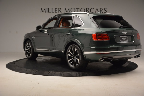 Used 2017 Bentley Bentayga W12 for sale $135,900 at Bentley Greenwich in Greenwich CT 06830 5