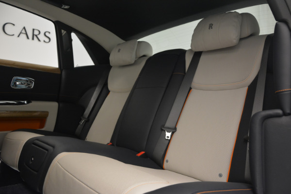 New 2017 Rolls-Royce Ghost for sale Sold at Bentley Greenwich in Greenwich CT 06830 25