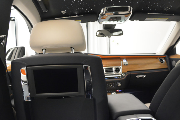 New 2017 Rolls-Royce Ghost for sale Sold at Bentley Greenwich in Greenwich CT 06830 26