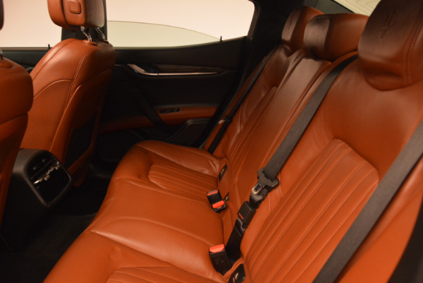 Used 2014 Maserati Ghibli S Q4 for sale Sold at Bentley Greenwich in Greenwich CT 06830 18