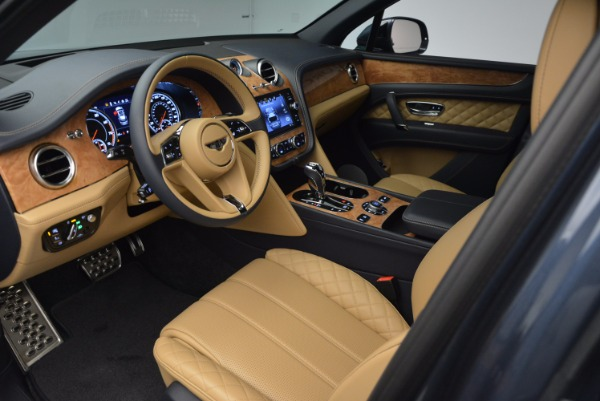 New 2017 Bentley Bentayga for sale Sold at Bentley Greenwich in Greenwich CT 06830 26