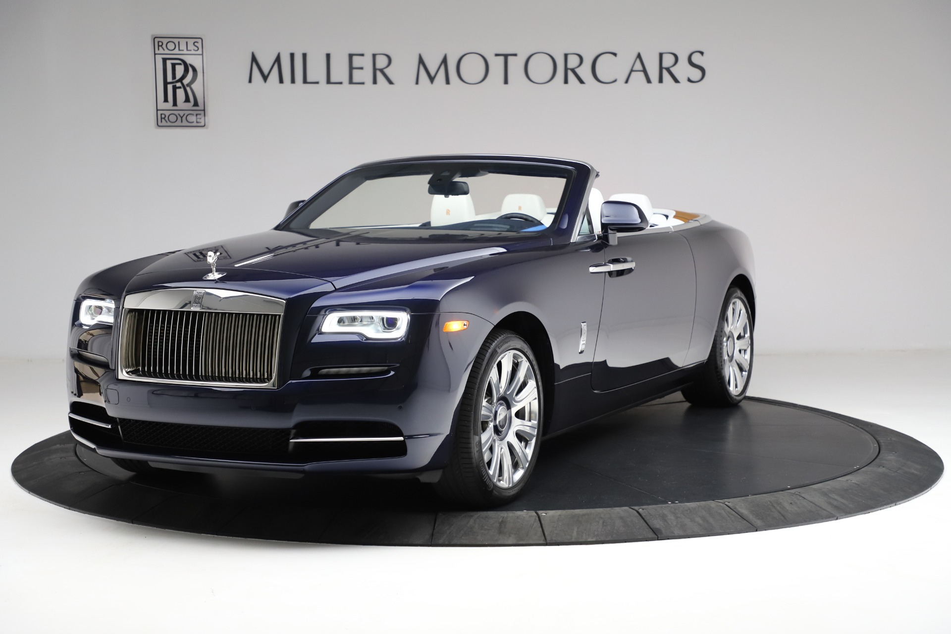 Used 2017 Rolls-Royce Dawn for sale Call for price at Bentley Greenwich in Greenwich CT 06830 1