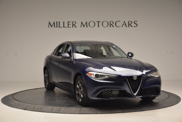 New 2017 Alfa Romeo Giulia for sale Sold at Bentley Greenwich in Greenwich CT 06830 11