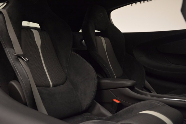 Used 2017 McLaren 570S Coupe for sale $149,900 at Bentley Greenwich in Greenwich CT 06830 20