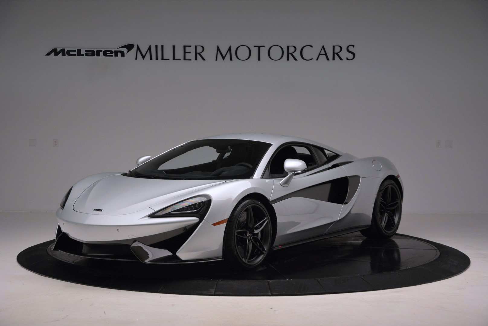 Used 2017 McLaren 570S Coupe for sale $149,900 at Bentley Greenwich in Greenwich CT 06830 1