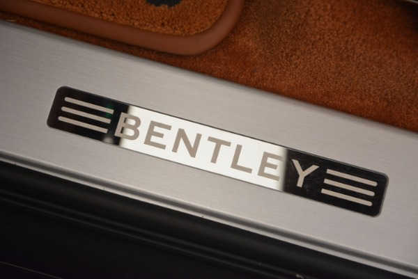 Used 2017 Bentley Bentayga W12 for sale Call for price at Bentley Greenwich in Greenwich CT 06830 27