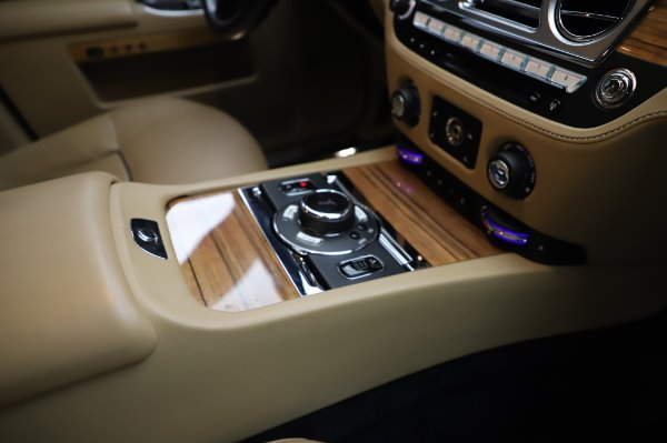 Used 2014 Rolls-Royce Ghost V-Spec for sale Sold at Bentley Greenwich in Greenwich CT 06830 18
