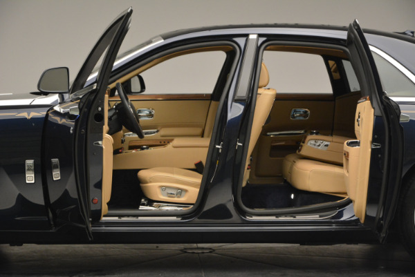 Used 2014 Rolls-Royce Ghost V-Spec for sale Sold at Bentley Greenwich in Greenwich CT 06830 19