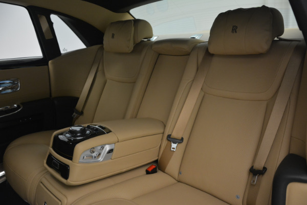 Used 2016 Rolls-Royce Ghost for sale Sold at Bentley Greenwich in Greenwich CT 06830 27