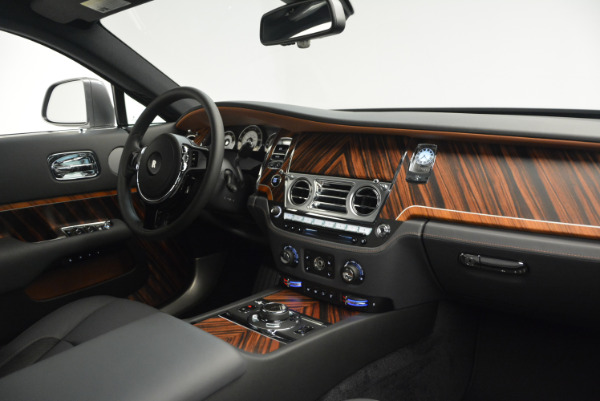 Used 2015 Rolls-Royce Wraith for sale Sold at Bentley Greenwich in Greenwich CT 06830 27