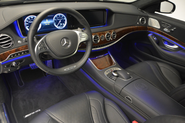 Used 2014 Mercedes Benz S-Class S 63 AMG for sale Sold at Bentley Greenwich in Greenwich CT 06830 17