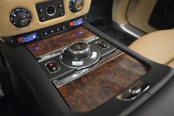 Used 2017 Rolls-Royce Ghost for sale Sold at Bentley Greenwich in Greenwich CT 06830 24