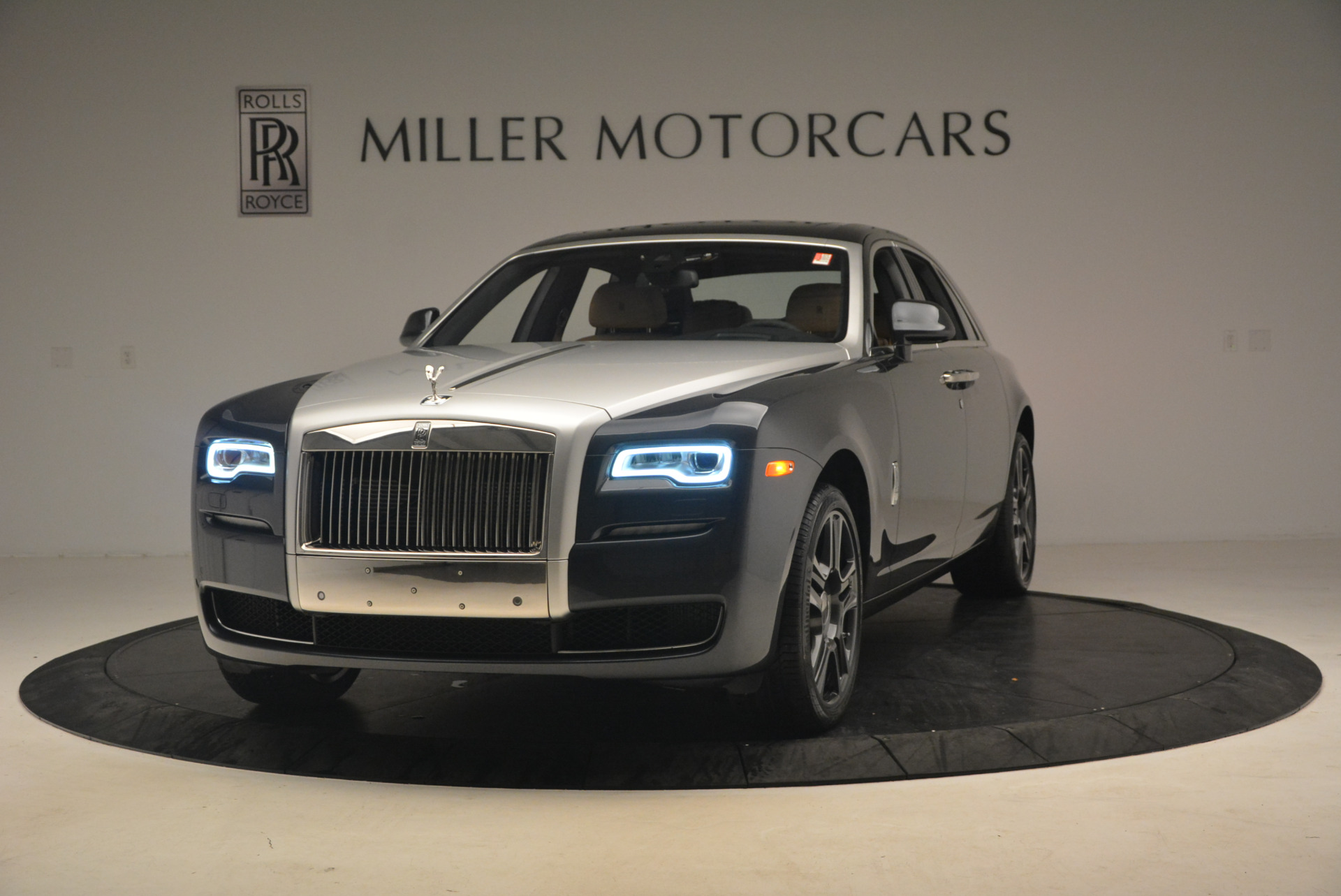 Used 2017 Rolls-Royce Ghost for sale Sold at Bentley Greenwich in Greenwich CT 06830 1