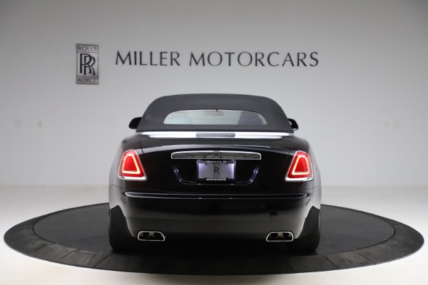 Used 2017 Rolls-Royce Dawn for sale $229,900 at Bentley Greenwich in Greenwich CT 06830 20