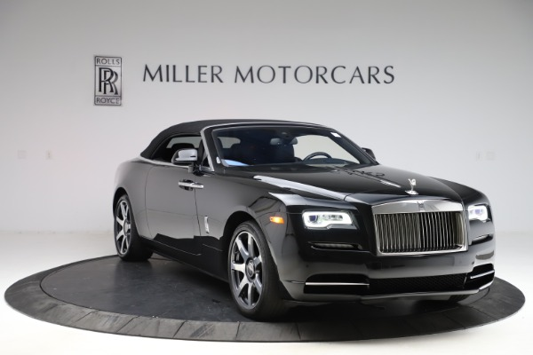 Used 2017 Rolls-Royce Dawn for sale $229,900 at Bentley Greenwich in Greenwich CT 06830 25
