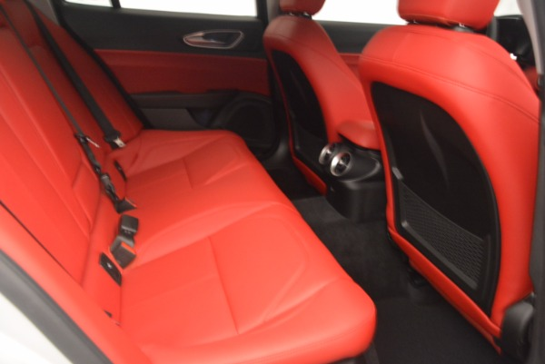 New 2017 Alfa Romeo Giulia Q4 for sale Sold at Bentley Greenwich in Greenwich CT 06830 20