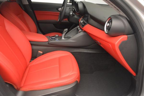 New 2017 Alfa Romeo Giulia Q4 for sale Sold at Bentley Greenwich in Greenwich CT 06830 23