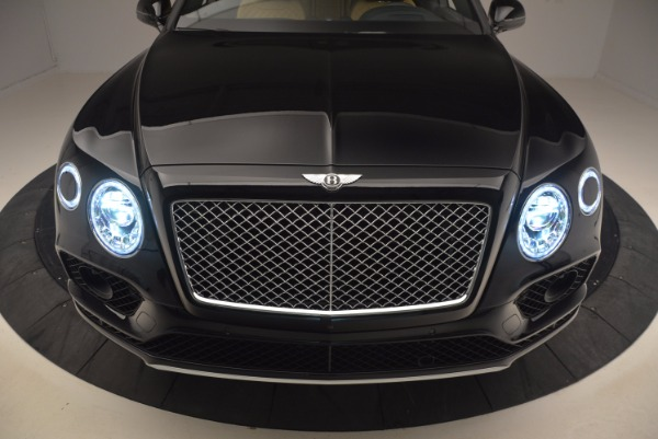 Used 2017 Bentley Bentayga for sale Sold at Bentley Greenwich in Greenwich CT 06830 17